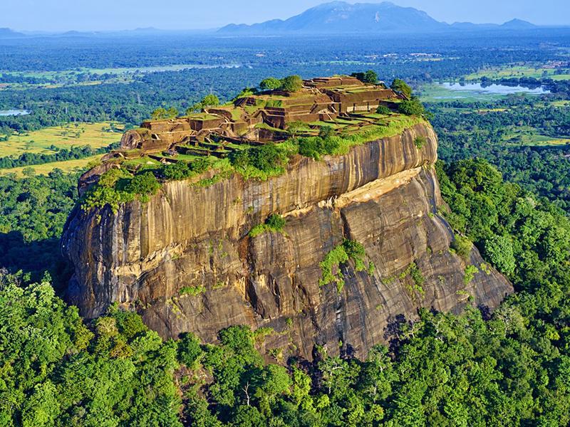Scintillating Sri Lanka 5 Days: Dambulla - Kandy - Colombo